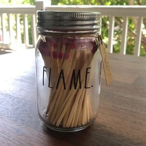 ❄️2 for $15❄️Rae Dunn Flame match container